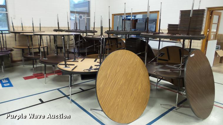 Approximately 25 round tables