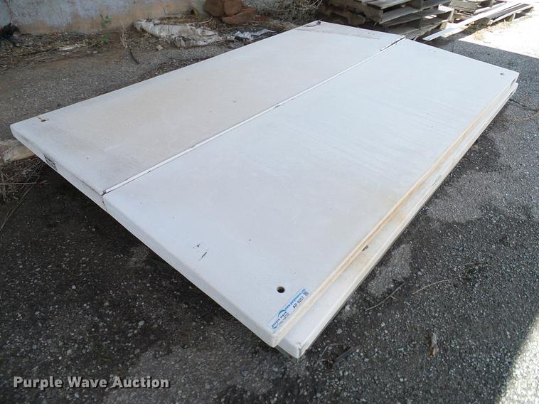 (2) fiberglass bed covers