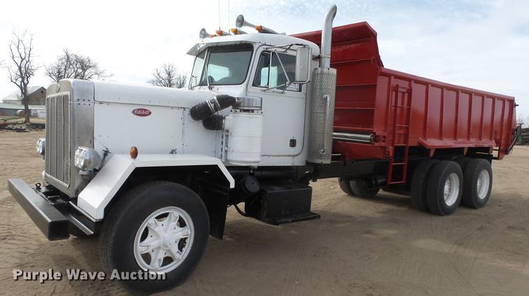 1980 Peterbilt 353S23 manure spreader truck