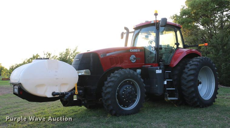 2013 Case IH Magnum 190 MFWD tractor