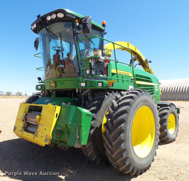 2013 John Deere 7480 forage harvester