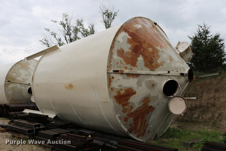 Steel dry storage tank/bin