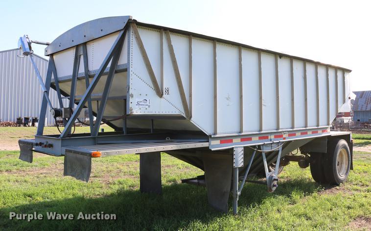 1979 Doonan single hopper bottom grain trailer