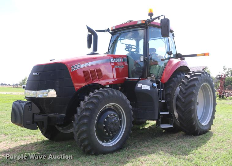 2014 Case IH Magnum 220 MFWD tractor