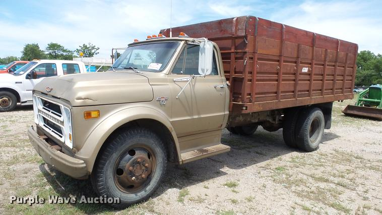1968 Chevrolet 50 grain truck