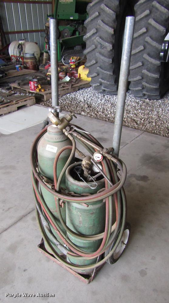 Oxygen and acetylene torch set