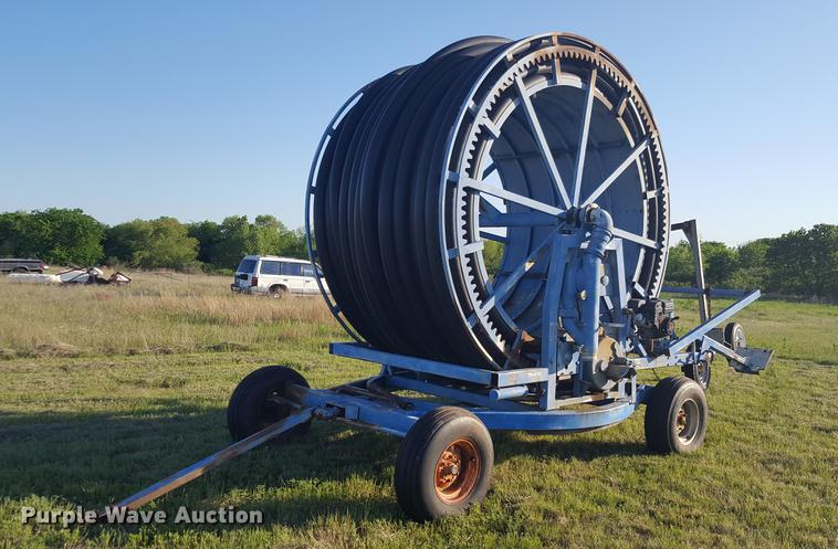 Long irrigation gun reel