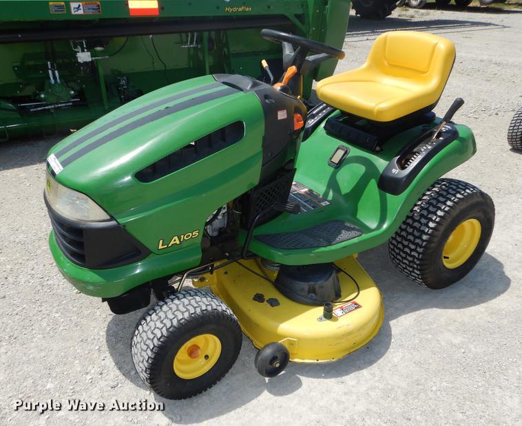 John Deere LA105 lawn mower