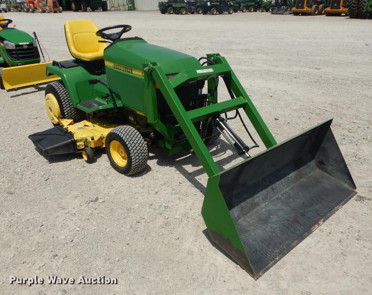 John Deere 425 lawn mower