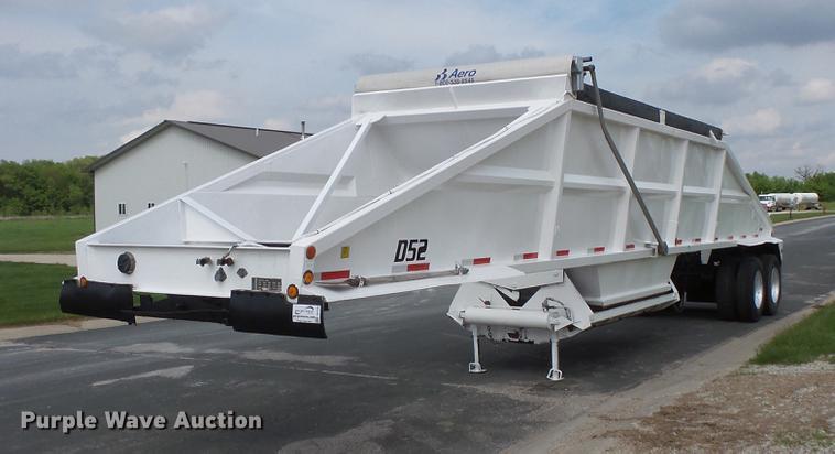 1998 Corn Belt S-4202-W bottom dump trailer