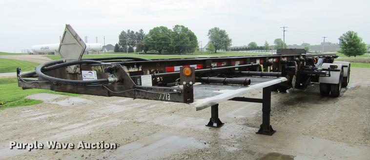 2007 Galbreath roll-off double container trailer