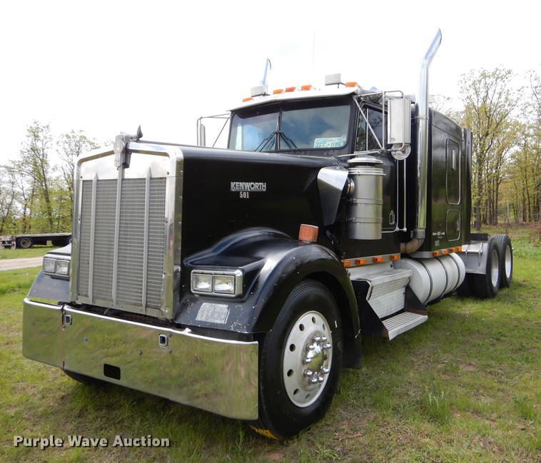 1996 Kenworth W900 semi truck