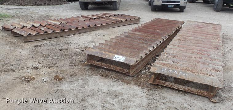 (2) sets of tire cleaning grates