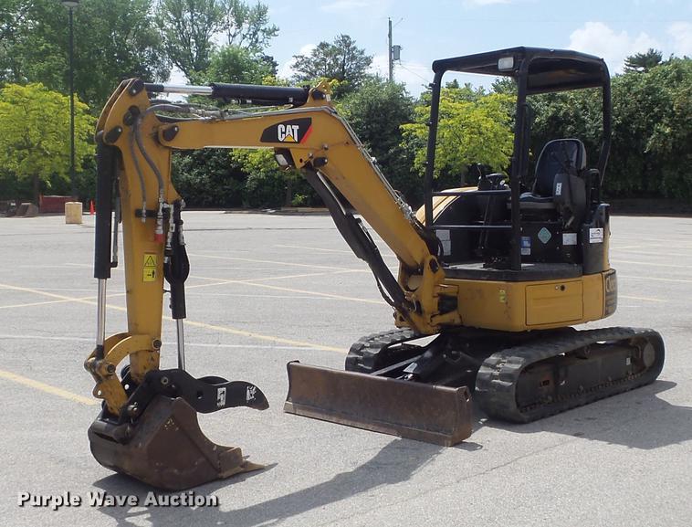 2016 Caterpillar 303E CR mini excavator