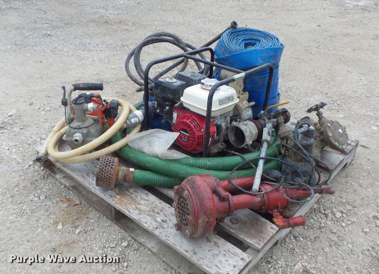 (4) pumps