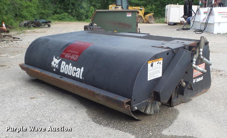 2008 Bobcat Sweeper broom