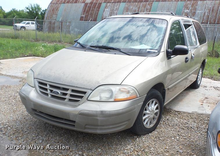 2000 Ford Windstar van