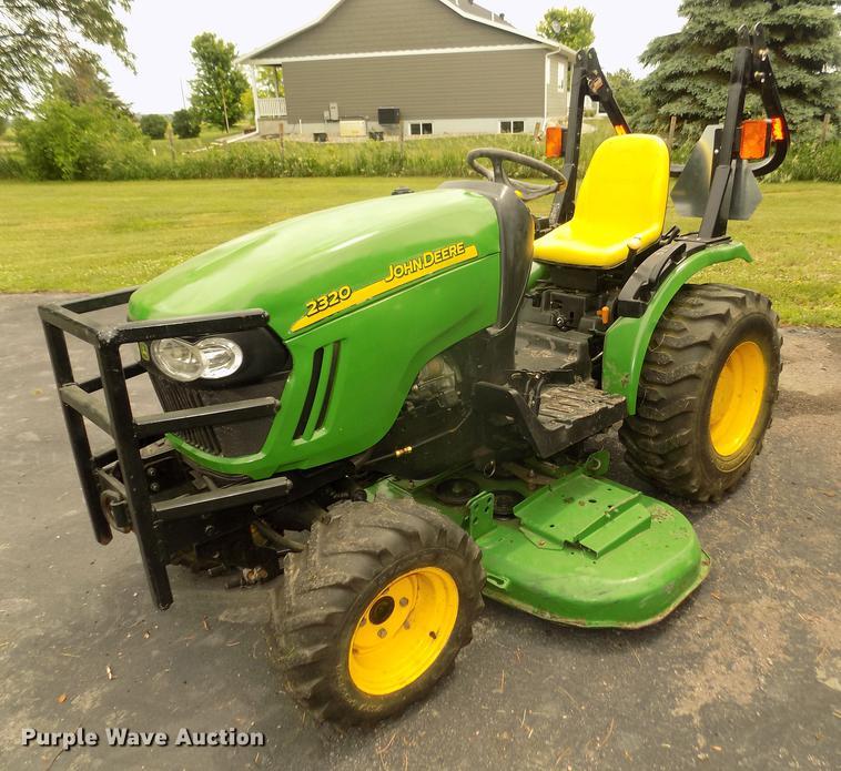 2006 John Deere 2320 MFWD tractor