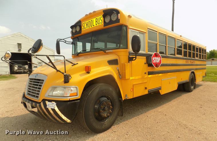 2009 Blue Bird Vision CV3011S school bus