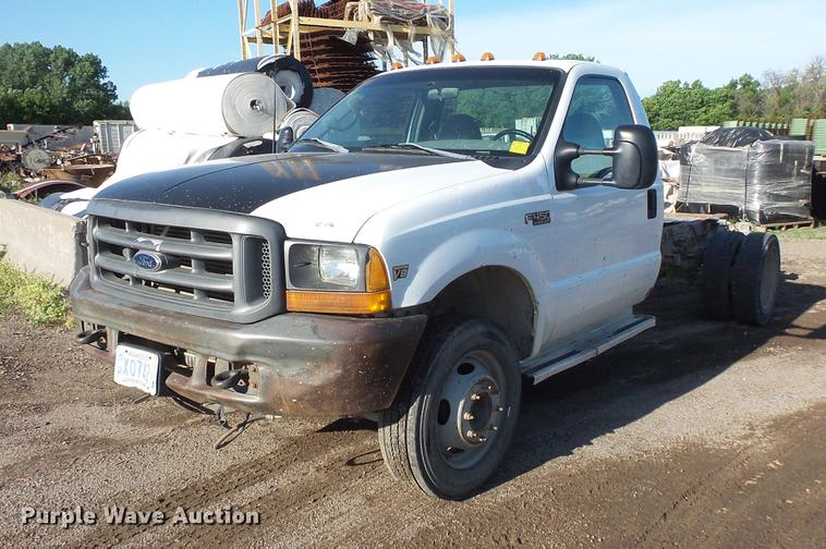 1999 Ford F450 Super Duty truck cab and chassis