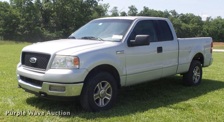 2005 Ford F150 XLT SuperCab pickup truck