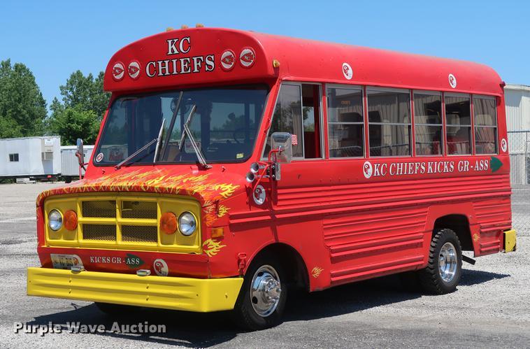 1975 Chevrolet bus