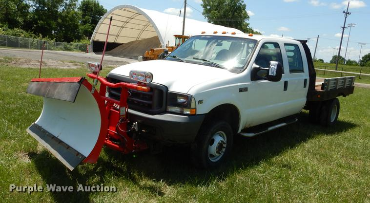 2004 Ford F350 Super Duty XL Crew Cab dump flatbed pickup truck