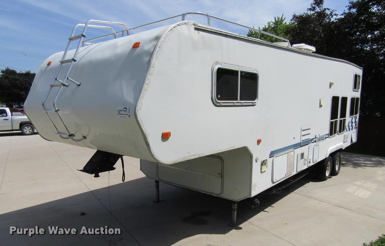 2003 Weekend Warrior LE3105 camper