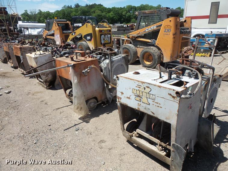 (4) concrete saws