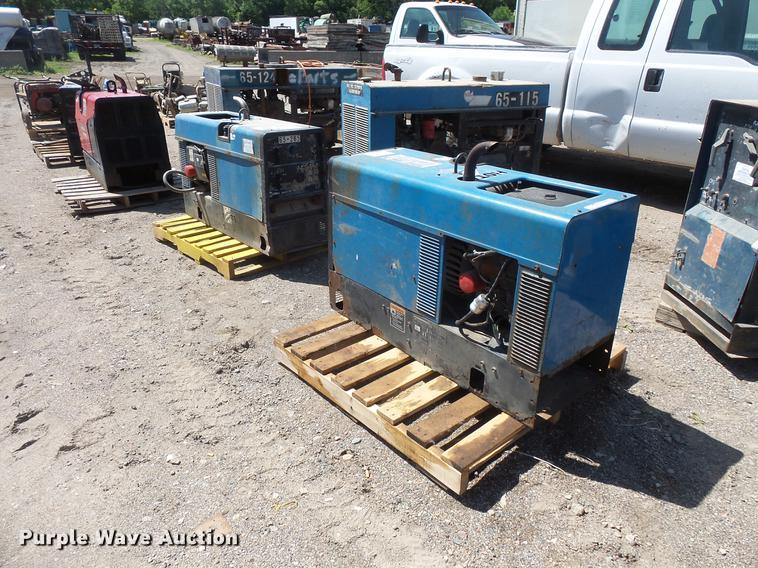(2) Bobcat 225 welders
