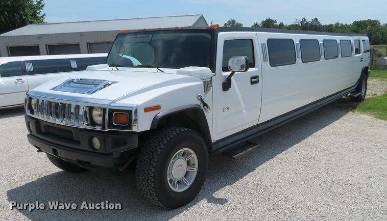 2003 Hummer H2 limousine