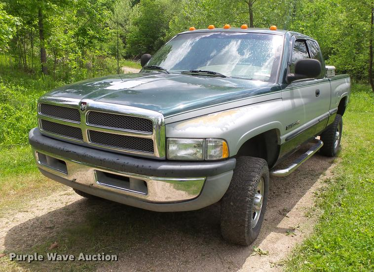 1998 Dodge Ram 2500 Laramie SLT Ext.Cab pickup truck