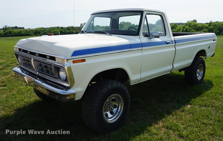 1978 Ford F250 pickup truck