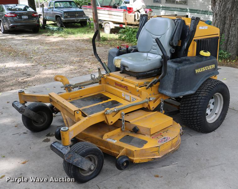2011 Hustler ZXR-7 lawn mower