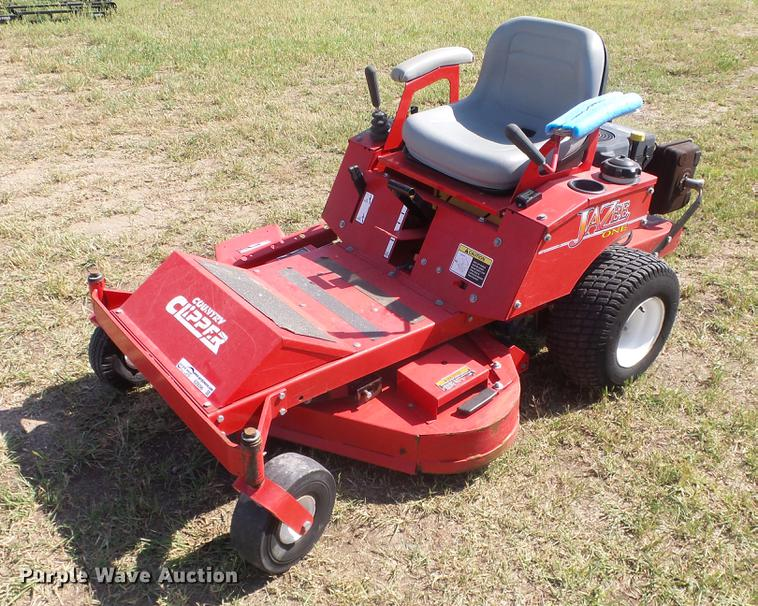 Shivvers 1642K0J1 Country Clipper ZTR lawn mower