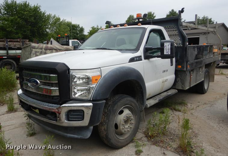 2011 Ford F450 Super Duty XL flatbed truck