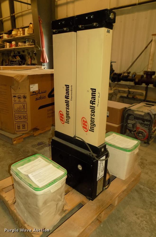 2002 Ingersoll Rand TZM106 air dryer