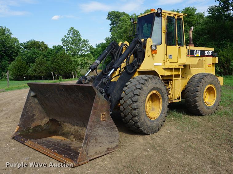 1994 Caterpillar 936F wheel loader