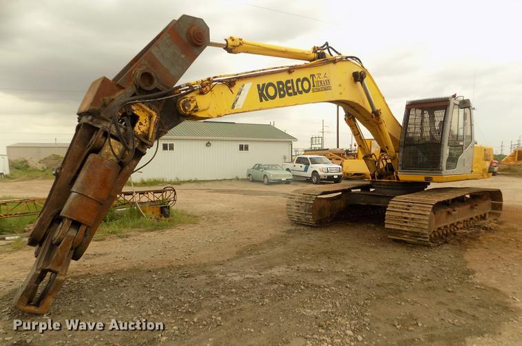1996 Kobelco SK220LC excavator