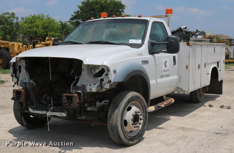 2007 Ford F450 Super Duty utility truck