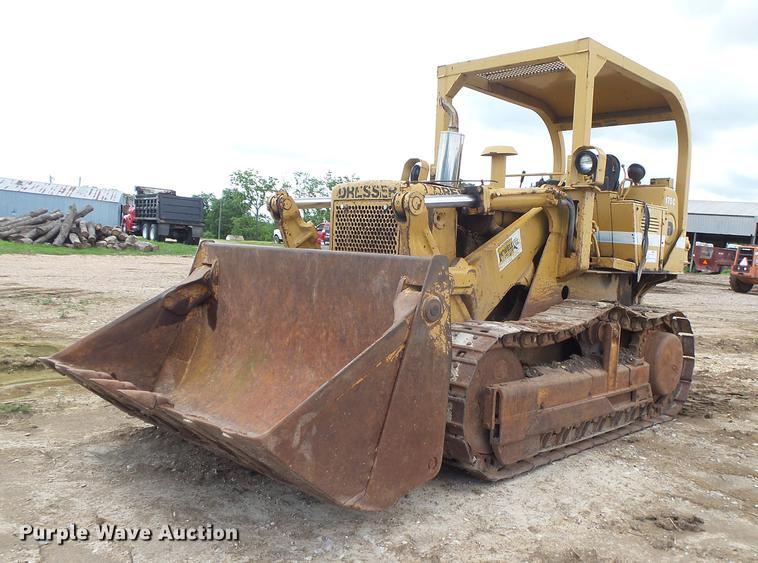 Dresser 175C track loader