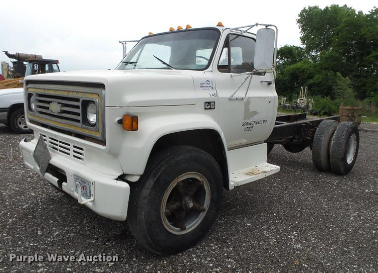 1984 Chevrolet Kodiak 70 truck cab and chassis