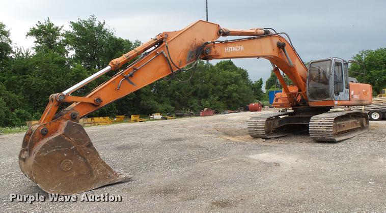2000 Hitachi EX330LC excavator