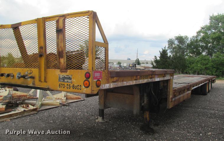 1997 Ledwell HT48102 drop deck equipment trailer