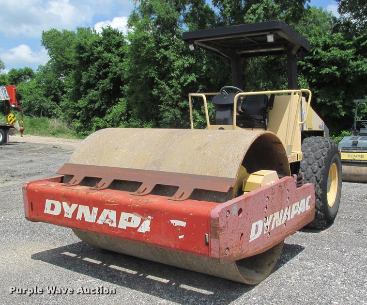 Dynapac CA260 single drum vibratory roller