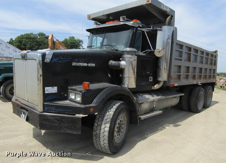 1993 Western Star 4900 dump truck