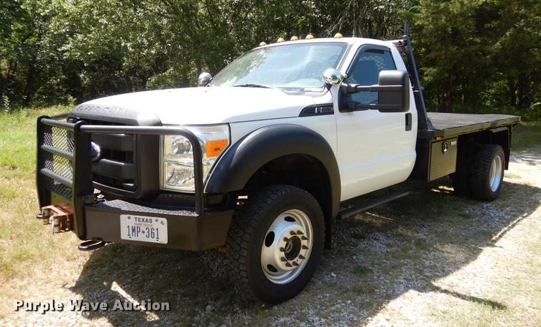 2012 Ford F550 Super Duty flatbed truck