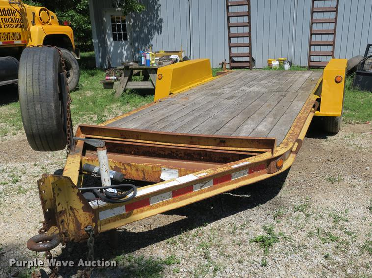 2003 Towmaster Contrail utility trailer