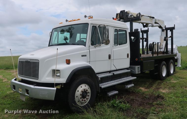 2002 Freightlinder FL80 Crew Cab crane truck