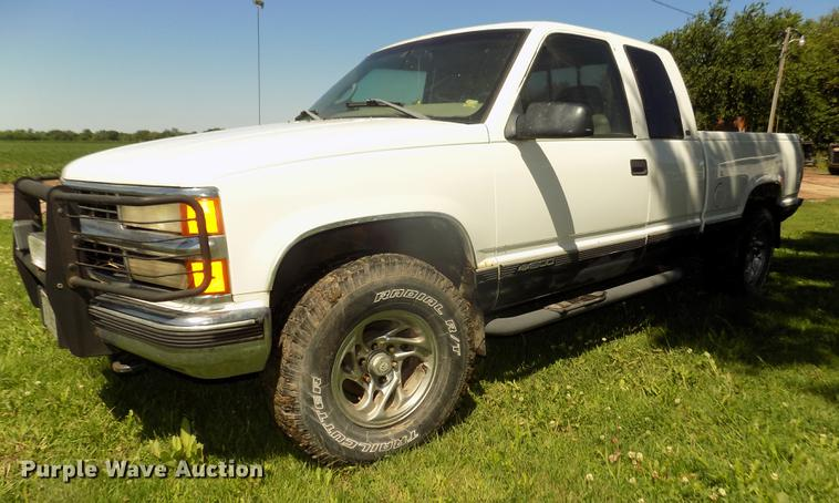 1998 Chevrolet 1500 Z71 Ext. Cab pickup truck